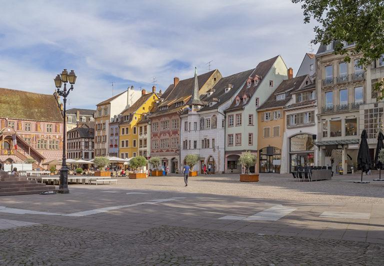 vue de la place de la réunion à Mulhouse